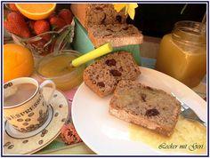 Lecker mit Geri: Eiweißkuchen mit Trockenfrüchten und Orangen-Rhabarber-Sirup - Белтъчен кекс със сушени плодове и портокалов сироп с ревен