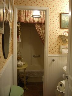 English bathrooms on pinterest cottage bathrooms for English cottage bathroom ideas