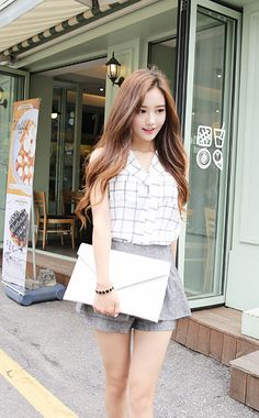 Image via We Heart It https://weheartit.com/entry/141688439 #fashion #kfashion #koreanfashion #ulzzang #k-fashion #selca #uljjang #sonyeonju #sonyeonjoo