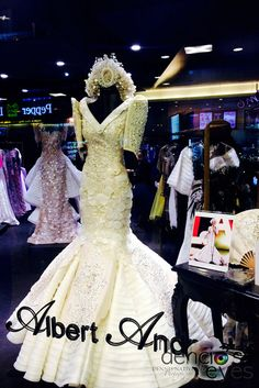 Dennis Natividad's 365 Project photo for January 2016 - Philippine Terno Modern Filipiniana Gown, Filipiniana Wedding Theme, Wedding Gowns, Philippines Dress, Filipino Fashion, Asian Bride, Traditional Fashion, Occasion Dresses, Evening Gowns