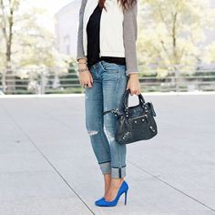 Have you checked out last weeks posts on SMT... + these blue suede pumps will turn any Monday frown upside down + the cutest fringe clutch for day or night + my favorite links from around the web such as meditation apps & my favorite face roller  Get all the deets stylemetactical.com