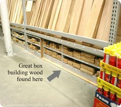 DIY Spice Packet Organizer and other Wooden Crates for your Space Basement Workshop, Diy Household Tips, Decorating On A Budget, Interior Decorating, Interior Design, Local Hardware Store, Home Projects, Weekend Projects, Dream Furniture