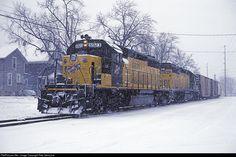 RailPictures.Net Photo: CNW 6923 Chicago & North Western Railroad EMD SD40-2 at Oshkosh, Wisconsin by Pete Greischar