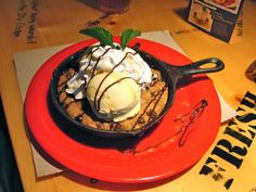 Bubba Gump Shrimp - Cookie Sundae