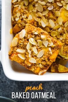 This peach baked oatmeal recipe makes breakfast for a crowd! Loaded with fresh juicy peaches, almonds, ginger, nutmeg and cinnamon, this is one of the best way to enjoy summer peaches. Breakfast For A Crowd, Vegetarian Breakfast, Breakfast Items, Breakfast Recipes, Snack Recipes, Free Breakfast, Snacks, Peach Baked Oatmeal, Baked Oatmeal Muffins
