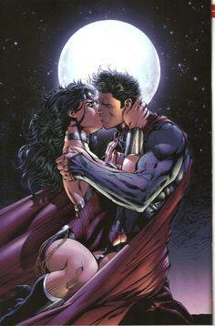 Wonder Woman - the Kiss