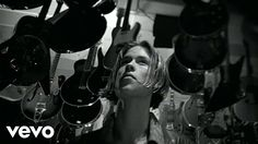 Music video by Jonny Lang performing Lie To Me. (C) 1997 UMG Recordings, Inc.
