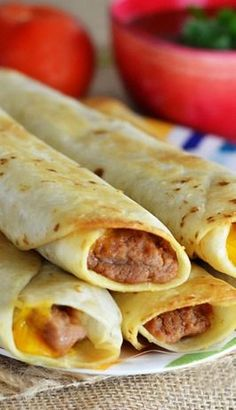 I love Crispy Burritos! Crisp Bean Burritos - Life In The Lofthouse Mexican Dishes, Mexican Food Recipes, Vegetarian Recipes, Cooking Recipes, Cooking Pork, Yummy Recipes, Dinner Recipes, Mexican Desserts, Cooking Beets