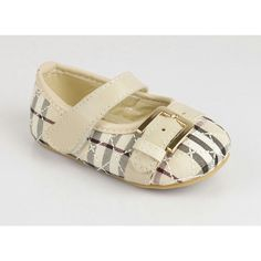 Burberry baby shoes too cute