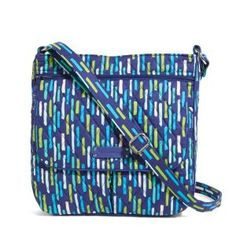 SUPER STEAL: Almost Gone! Vera Bradley Double-Zip Mailbag; 3 Options Left! – TheRevuist