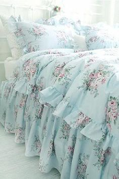 Shabby cottage chic layers of dreamy aqua teal ruffles polka dot duvet comforter… Shabby Chic Furniture, Shabby Chic Interiors, Shabby Chic Bedrooms, Shabby Chic Decor, Vintage Shabby Chic, Bedroom Furniture, Shabby Chic Bedding Sets, Bedroom Benches, Country Bedrooms