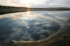Records show slow response to report of California oil spill