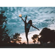 Finding her way by moonlight🌙 Dance Photography Poses, Gymnastics Photography, Dance Poses, Creative Photography, Amazing Photography, Gymnastics Poses, Gymnastics Problems, Acrobatic Gymnastics, Olympic Gymnastics