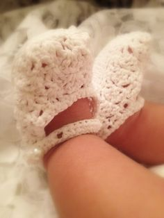 OOOh...more for my future granddaughter!  Baby Shoes Crochet White 06 Month by JuliesofLasVegas on Etsy, $8.95