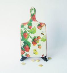 strawberry cutting board | strawberry board
