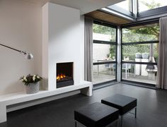 how to make a false chimney breast to house a tv and electric fire Home Fireplace, Modern Fireplace, Fireplace Design, Corner Fireplaces, Contemporary Gas Fires, Corner Electric Fireplace, Conduit, Chimney Breast, Beautiful Home Designs