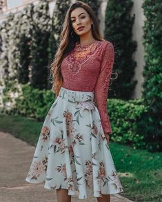Modest Outfits, Classy Outfits, Skirt Outfits, Trendy Outfits, Casual Dresses, Cute Fashion, Modest Fashion, Women's Fashion Dresses, Short Frocks
