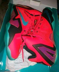 abc2d3cbe2190 Nike Lebron 11 Elite Hero Laser Crimson Turbo Green Mens Size Condition is  Pre-owned