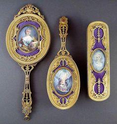 3 pcs Mirror/Brush Vanity Set Century on We Heart It Vanity Set, Old Vanity, Antique Vanity, Vintage Vanity, French Vanity, Vanity Decor, Vintage Dressing Tables, Dressing Table Vanity, Vanity Tables