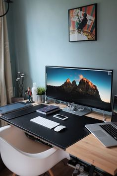 The Perfect Office - Wipebook Pro, AOC AGON Curved Display and Office Ideas!