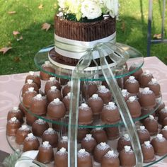 Cake Diva Sweetie Pies Sweetie Pies Recipes, Pie Recipes, Pie Wedding Cake, Sweet Buffet, Pie Cake, Pie Dessert, Pretty Cakes, Mini Cakes, Sweets