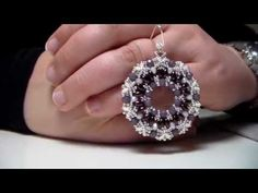 "Tutorial ciondolo ""Lilly"" collaborazione con Perline & Gioielli - YouTube"