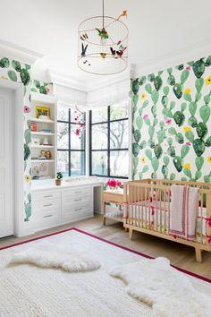 15X SIMPEL MAAR TOCH APARTE KINDERKAMERS Playroom Table, Playroom Ideas, Trofast Ikea, Colorful Playroom, Pink Crib, Pop Design, Smart Design, Design Ideas, Kids Storage