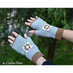 Fingerless gloves, handmade mittens, Christmas arm warmers, granny... (€12) ❤ liked on Polyvore featuring accessories, gloves, arm warmer gloves, mitten gloves, gray fingerless gloves, brown fingerless gloves and fingerless gloves