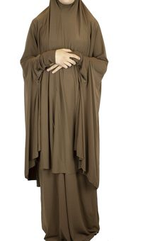 Extra Long Two-Piece Prayer Outfit with Sleeves - Brown Muslimah Wedding Dress, Hijab Style Dress, Hijab Outfit, Girl Hijab, Muslim Fashion, Modest Fashion, Hijab Fashion, Girl Fashion, Modest Dresses