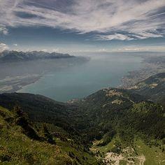 Montagne et nature: idées de randonnées en Suisse Swiss Alps, Nature, Outdoor, Lake Geneva, Rock Cakes, Switzerland, Walking, Mountain, Mirror