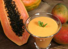 Smoothie tropical de mango y papaya #receta #recetasMycook Smoothies, Mango, Healthy Juices, Cantaloupe, Tropical, Pudding, Fruit, Desserts, Food