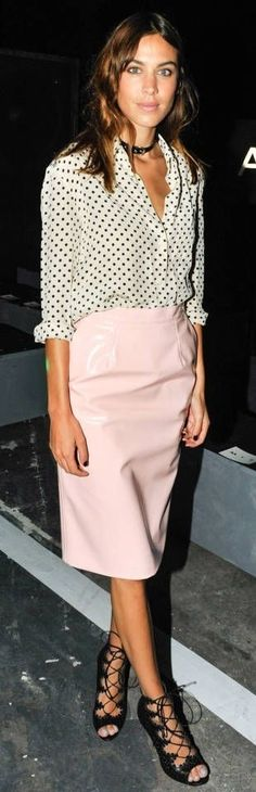 Alexa Chung in a pink skirt and polka dot top - awesome spring style!