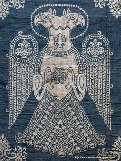 Seda azul de San Zoilo de Carrión de los condes Ancient Aliens, Ancient Art, Persian Tattoo, Art Chinois, Ancient Persian, Fabric Stamping, Art Japonais, Celtic Symbols, Sky Art