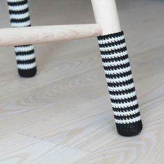 Hæklede sokker til taburet (DIY) | Lutter Idyl