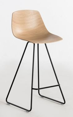 MIUNN Bar stool - United Seats | פיק אפ | קלאסיגן
