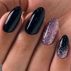 Nails 52 winter nail colors and designs, mismatched nail colors, mismatched nail designs, winter nail designs Shellac Nail Designs, Shellac Nail Art, Fall Nail Art Designs, Cnd Nails, New Year's Nails, Hair And Nails, Arylic Nails, Nailart, Creative Nails