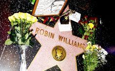 Fans Create Makeshift Memorials at Robin Williams Landmarks Around America
