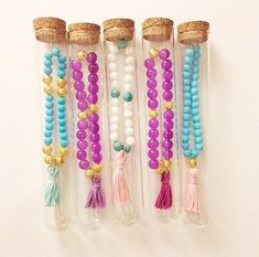 Beaded Tassel Bracelet Purple Fuchsia & Gold por PeytonAnneFrank