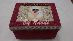 Caixa pequena para medicamentos - pintura, forração em tecido e patch embutido