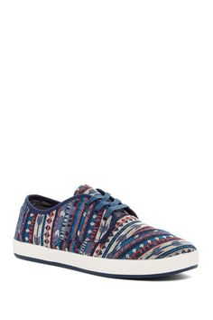 Paseo Aztec Print Lace-Up Sneaker