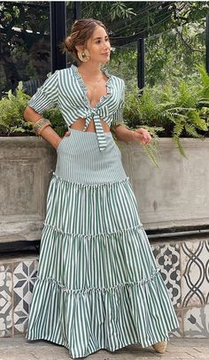 African Print Fashion, African Fashion Dresses, Dress Outfits, Casual Dresses, Fashion Outfits, Ibiza Dress, Frocks And Gowns, Frock Patterns, African Attire