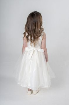 ce4b92c45c4 Παιδικό Φόρεμα, Πανέμορφο, Μακρύ, για Παρανυφάκι - Πάρτυ με Τριαντάφυλλα σε  ΙΒΟΥΑΡ