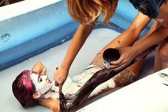 Alexa Meade, who regularly blurs the line between reality and art by painting directly on human bodies, recently collaborated with performance artist Sheila Vand. With Vand painted and submerged in a pool of milk,