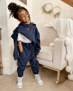 Cute Little Girls Outfits, Kids Outfits Girls, Toddler Girl Outfits, Toddler Girl Style, Kids Girls, Cute Kids Fashion, Baby Girl Fashion, Toddler Fashion, Cute Mixed Babies