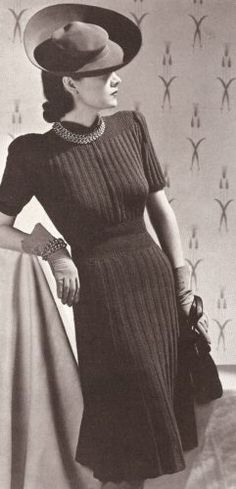 1930s hand knit gauntlet gloves with coordinating dress