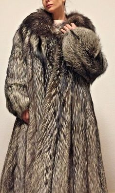 SALE SALE Pelzmantel Silberfuchs Fuchs Fuchsmantel Fuchsjacke fur coat шуба Racoon, Fox Fur Coat, Fur Jacket, Mantel, Cosy, Jackets, Fashion, Fox, Fur