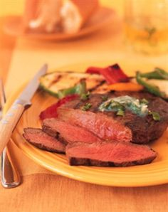 Pepper Beef Steak with Garlic-Cilantro Butter - #BeefFiesta
