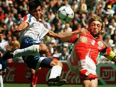 Paraguay 0 Bulgaria 0 in 1998 in Montpellier. Julio Cesar Encisco has a shot a goal in Group D #WorldCupFinals