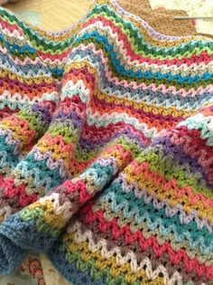 want to make this - V-Stitch blanket | by angelala242