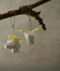 When pigs fly - flying pigs earrings in porcelain with surgical steel hooks by TwoTreesWorld on Etsy